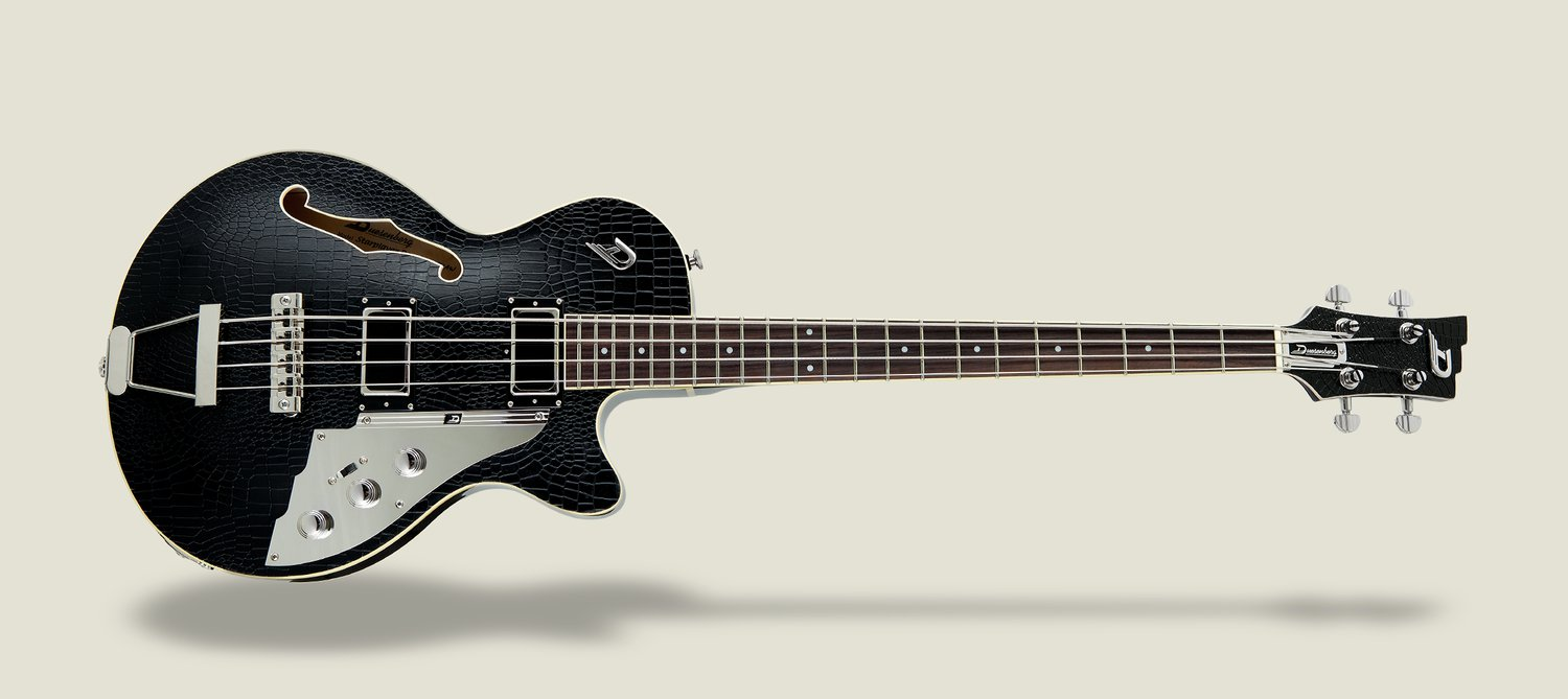 Slider image of the Duesenberg Starplayer Bass in Outlaw
