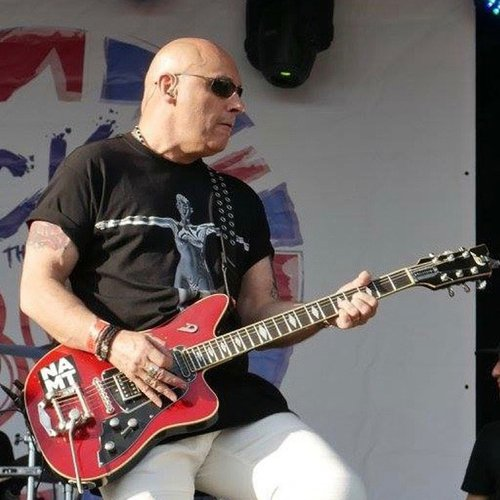 Duesenberg Guitars - Fred Fairbrass